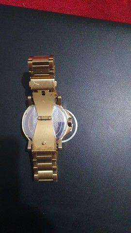 Relogio Puma Ultrasize Pu103461006 Metal Dourado Original - Foto 2