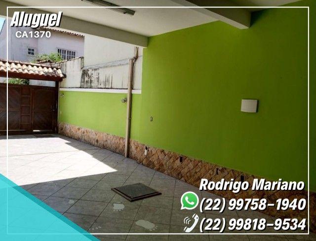 Alugo linda casa c/ área gourmet e hidromassagem no bairro Jardim Mariléa, Rio das Ostras - Foto 11