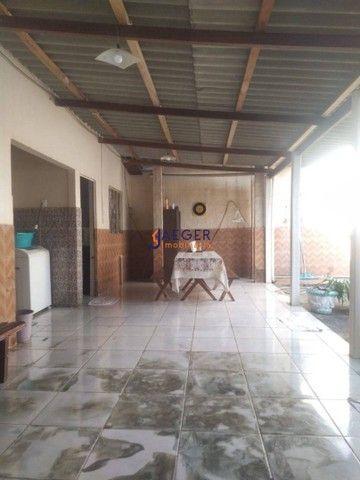 Linda Casa com 03 quartos no Bairro Cohab próximo à Av Jatuarana - Foto 4