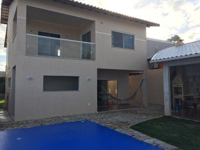 Casa duplex em condomínio solar dos cantarinos, com 5 quartos, piscina e churrasqueira - Foto 3