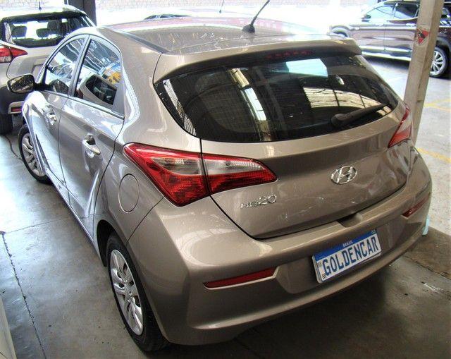 Hyundai HB20  1.0 Comfort Plus FLEX MANUAL - Foto 2