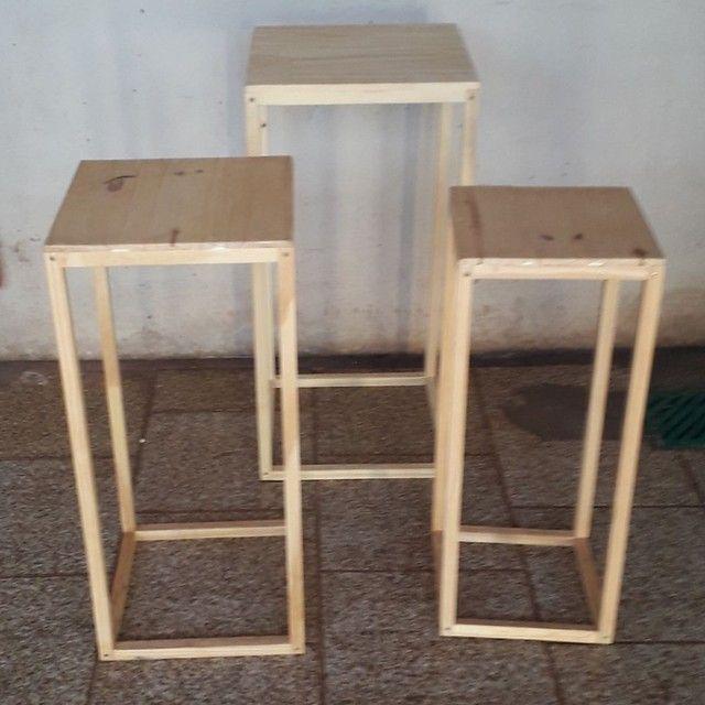 Vende se mesas para decoração