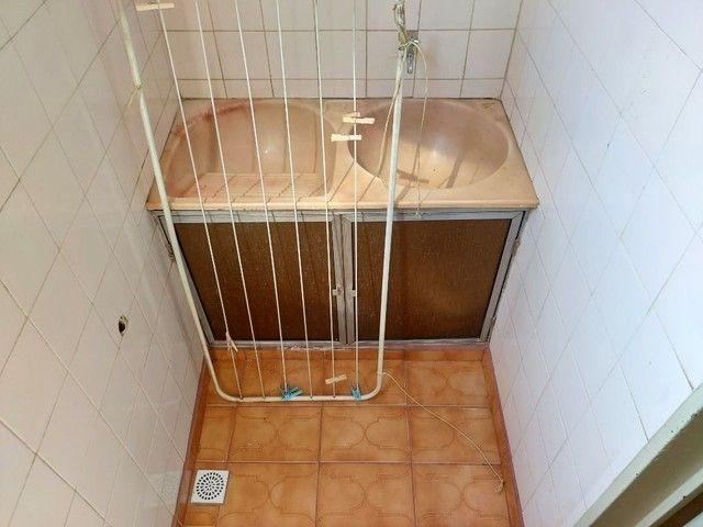 Apartamento com 3 dormitórios para alugar, 70 m² por R$ 900,00 - Estados Unidos - Uberaba/ - Foto 16