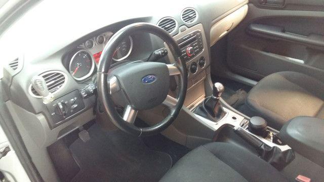 Ford Focus 2011 1.6 + multimidia - Foto 2