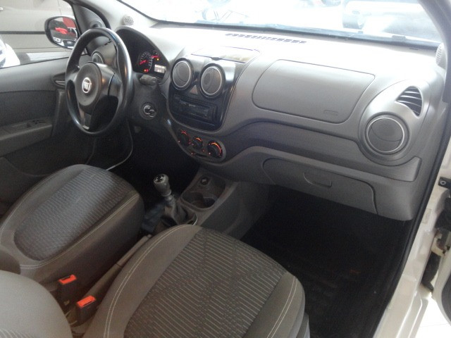 Fiat - Palio Attractive 1.0 Completo - Foto 9