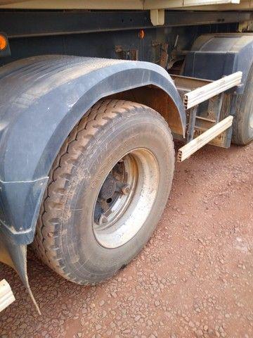 Scania 2007 R-124 LA 420 6X2  e Caçamba 2011/2012 Random Vanderleia com pneus - Foto 12