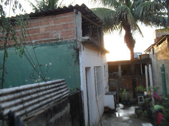 Casa Pequena (Kitnet) Com Lote Murado Escriturado e Registrado