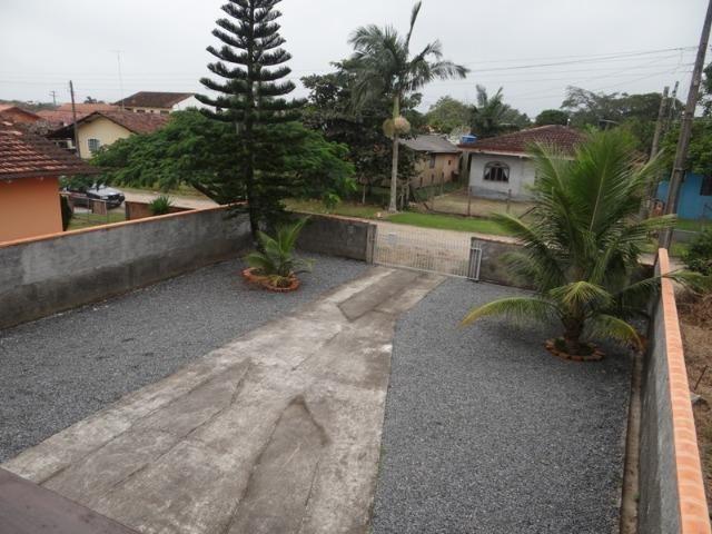 Lindo sobrado, 04 dormitórios, 03 banheiros, terreno todo murado - Foto 17