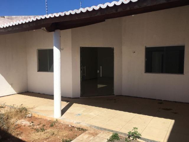 Casa com ampla sala conjugada - Foto 2
