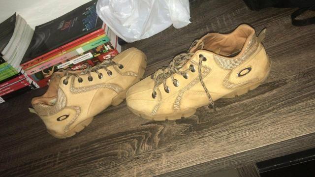 1b902234ab8 Botinha Oakley - Roupas e calçados - Taguatinga Norte