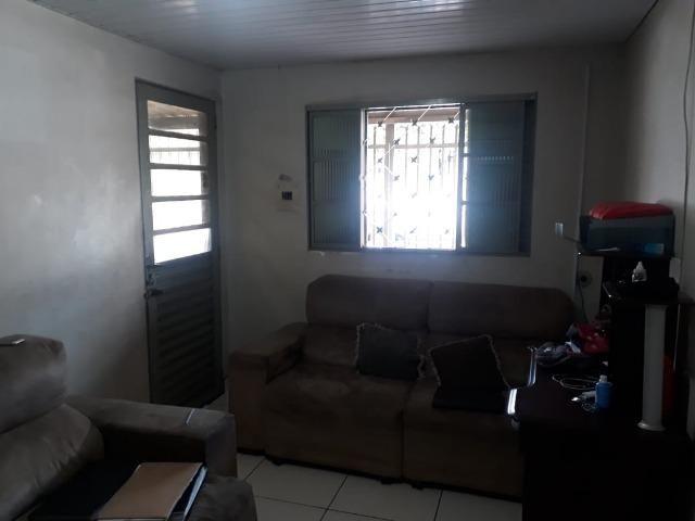 Vd casa 2 quartos, com casa de fundos de 1 quarto, R$ 210 mil aceito financiamento - Foto 5