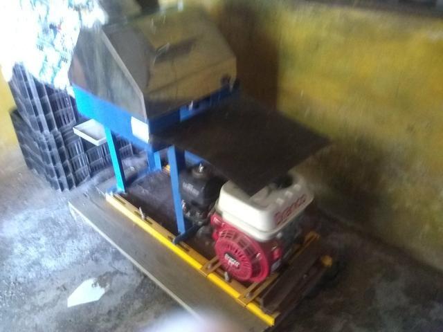 Máquina de caldo de cana .motor 1.6 a gasolina marca branco - Foto 4