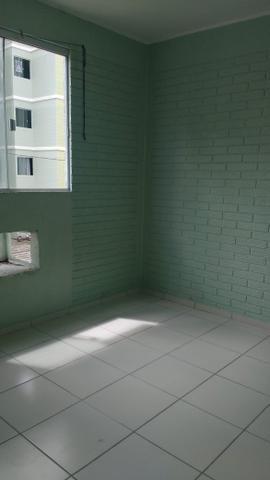 Porto esmeralda 2/4 térreo com armário na cozinha - Foto 5