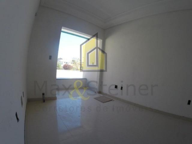 Floripa#Apartamento com 2 dorms, 1 suíte. Excelente Localização *