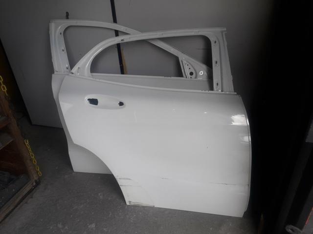 Porta dianteira e traseira direita Mercedes GLA 200 250 - Foto 3