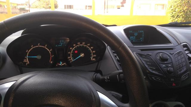Vendo New fiesta - Foto 3