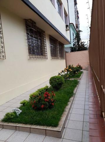 Excelente Apartamento no Coração da Vila da Penha - Foto 2