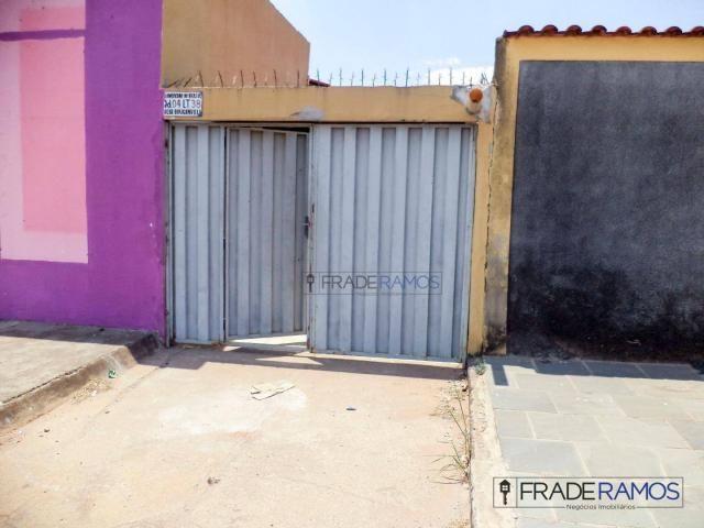 Casa com 3 dormitórios para alugar por R$ 750,00/mês - Residencial Solar Bougainville - Go - Foto 9