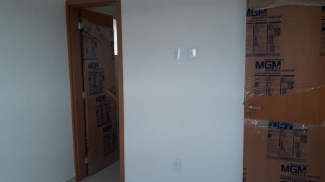 Apartamento com 02 quartos tendo possibilidade de sair zero de entrada - Foto 3