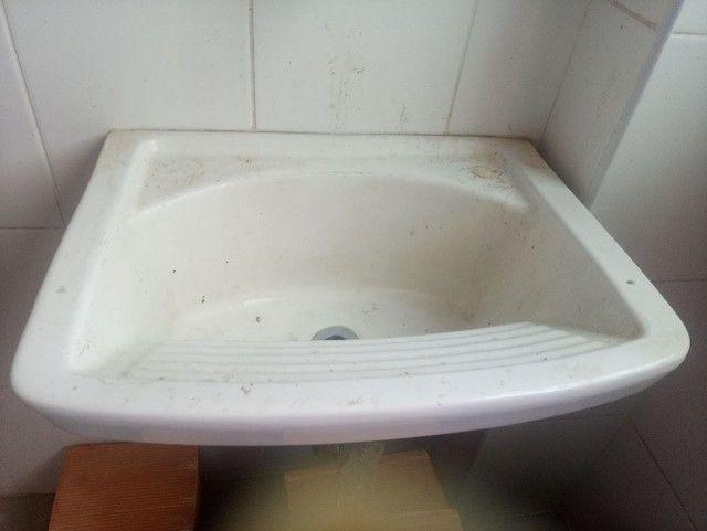 Lavaderia com torneira