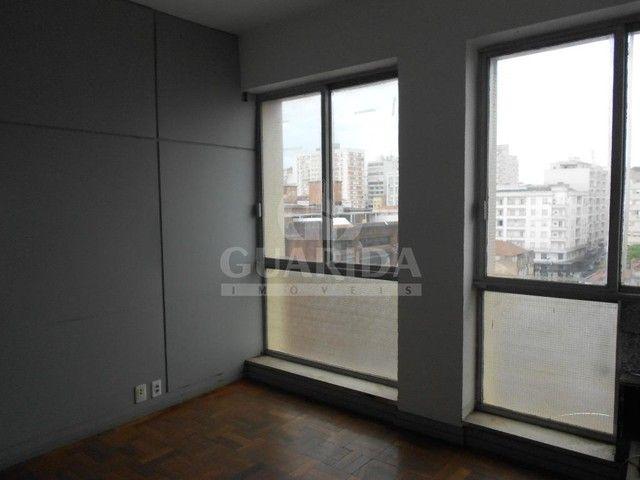 Salas/Conjuntos para comprar no bairro Floresta - Porto Alegre - Foto 9