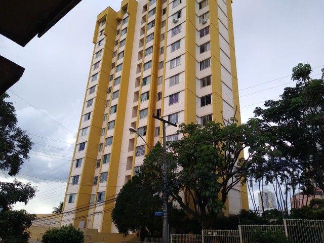 Apartamento 2 quartos, montado em armários, prox a praça universitária, financia