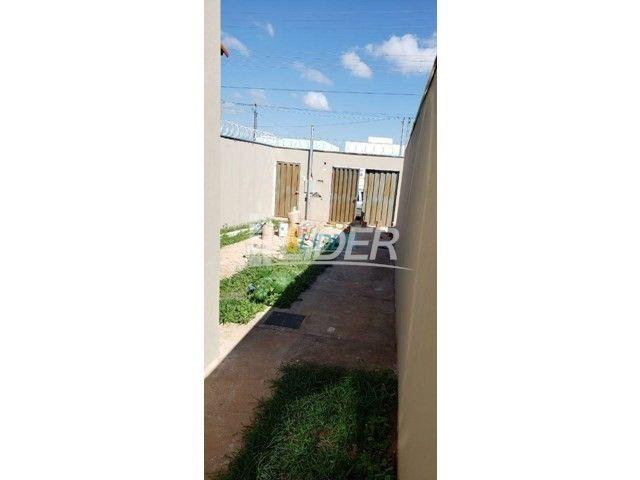 Casa à venda com 2 dormitórios em Shopping park, Uberlandia cod:23640