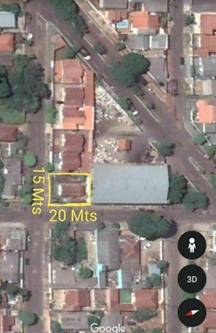 """""""IMPERDÍVEL"""" 300 m² (próximo ao aeroporto) terreno com casa de madeira<br><br> - Foto 3"""