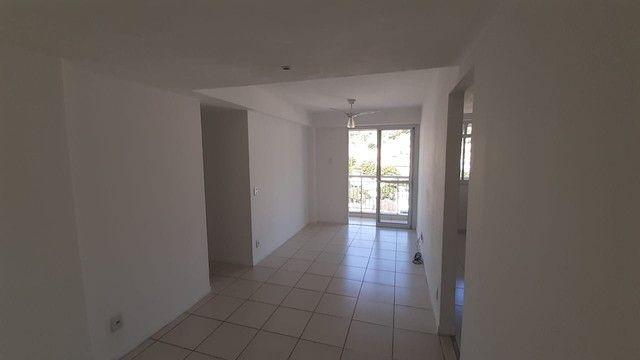 Sampaio - Rua Sousa Barros - Varanda 2 Quartos 1 Suíte - Área de Lazer - Vaga - JBM220444 - Foto 3