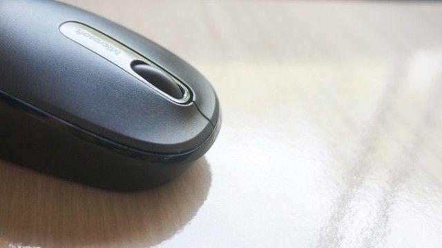 Mouse Óptico Sem Fio 2.4 Ghz 1.000 DPI Preto Microsoft Wireless 1850 Novo Original - Foto 4