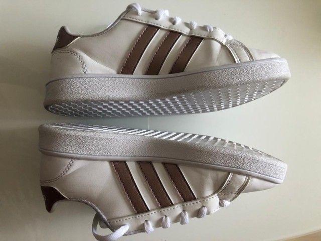 Tênis Adidas n.32 Seminovo original  - Foto 2