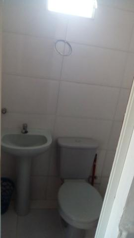 Alugo Kitnet 1o andar - 1 quarto em Jacaraipe - 1 quadra da praia com 1 vaga de garagem