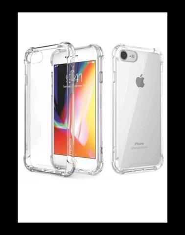 Capinha de iPhone 7 e 8 com pelicula de vidro