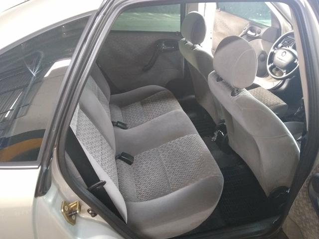 Vectra expression 2005 - Foto 12