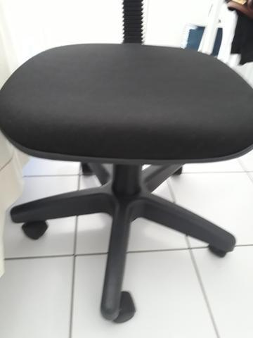 Cadeira Secretária Giratória - Foto 2