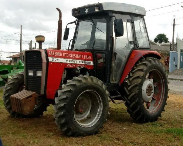 Trator agrícola Massey ferguson 275 (cabinado)