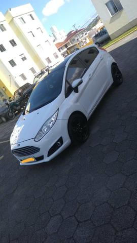 Vendo New fiesta - Foto 2