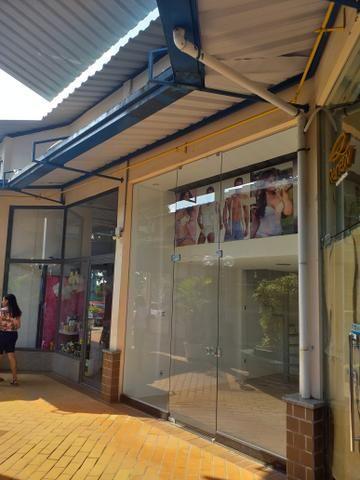 Vendo ou alugo loja com ótima localização Plaza shopping Cabula