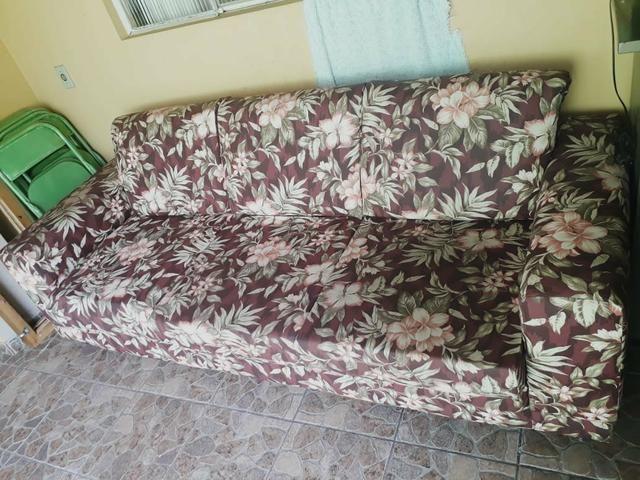 Sofá parma de 3 lugares semi novo com tecido impermeável - Foto 2