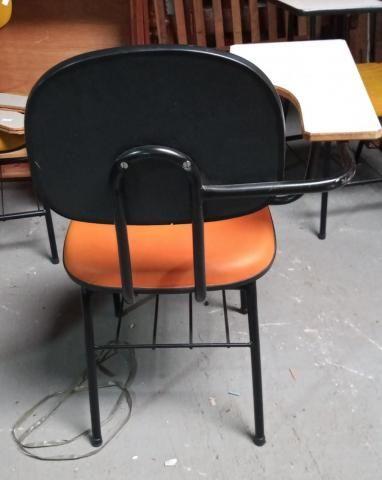 Carteira Escolar em Courino Laranja 87 cm x  50 cm x  44.5 cm - Foto 3