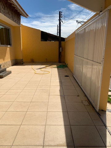 Vendo excelente casa de 3 quartos com piscina em condomínio fechado no Fundão - Foto 5