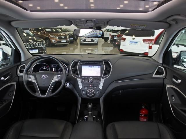 Hyundai Santa Fe 3.3 4X4 7 LUGARES V6 4P GASOLINA AUT - Foto 5