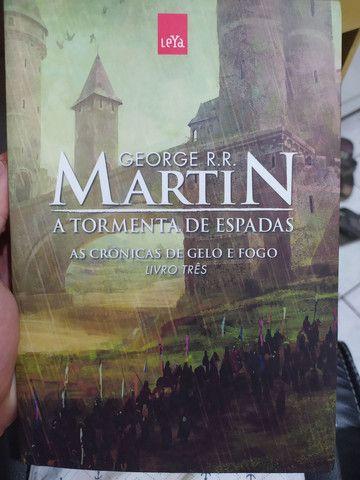 Box Game of Thrones 5 volumes - Foto 4
