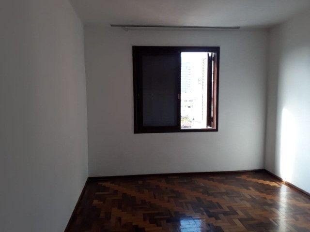 Vendo ou Troco Apartamento na Rua Luzitana - Foto 3