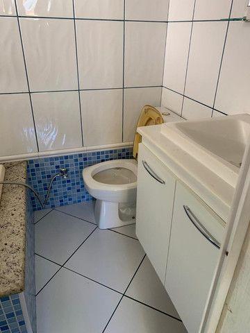 Vendo excelente casa de 3 quartos com piscina em condomínio fechado no Fundão - Foto 17