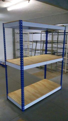 Gondolas,Prateleiras desmontaveis, check outs, ganchos,armários,mesas,etc - Foto 3