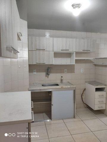Apartamento 2/4 Centro - Desconto 50% primeiro mes - Foto 5