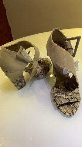 Lote um lote sapatos - lindíssimos N37 - Foto 5