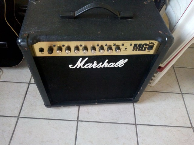 Caixa Amplificada. Marshall / Guitarra - Foto 2