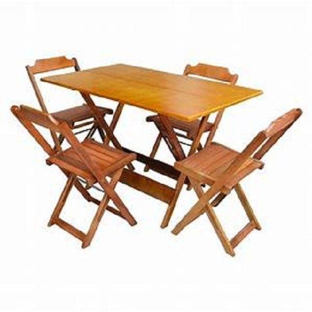 Jogo de mesa com cadeiras dobrável em madeira - Foto 6